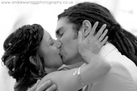 Ibizan wedding - The kiss